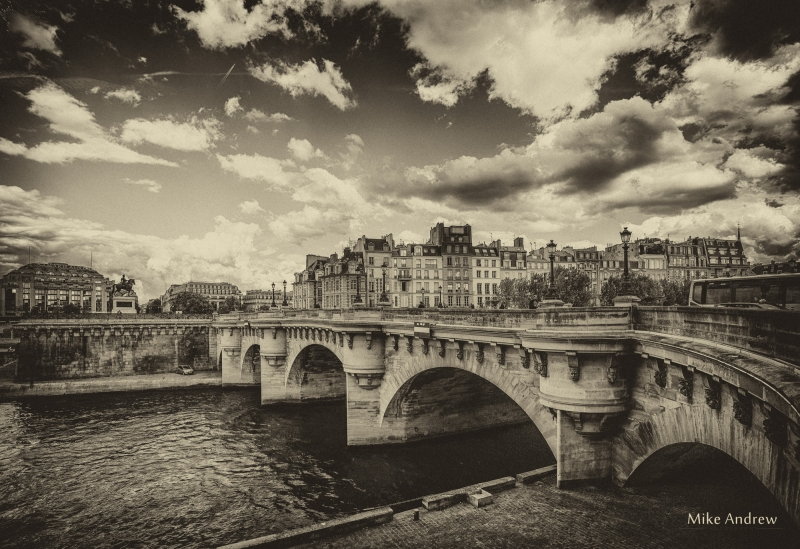 Bridges of Paris BW Vintage