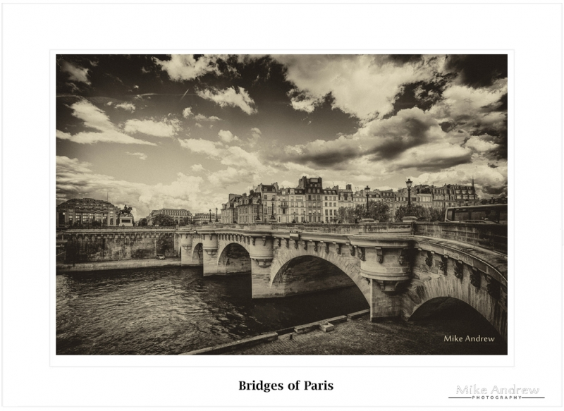 Bridges of Paris BW